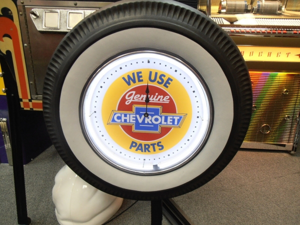 Chevrolet Genuine Parts White Wall Tyre Neon Clock
